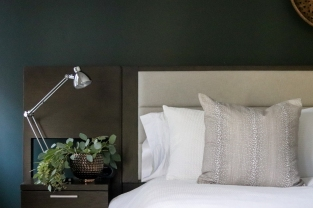 headboard-with-integrated-nightstand